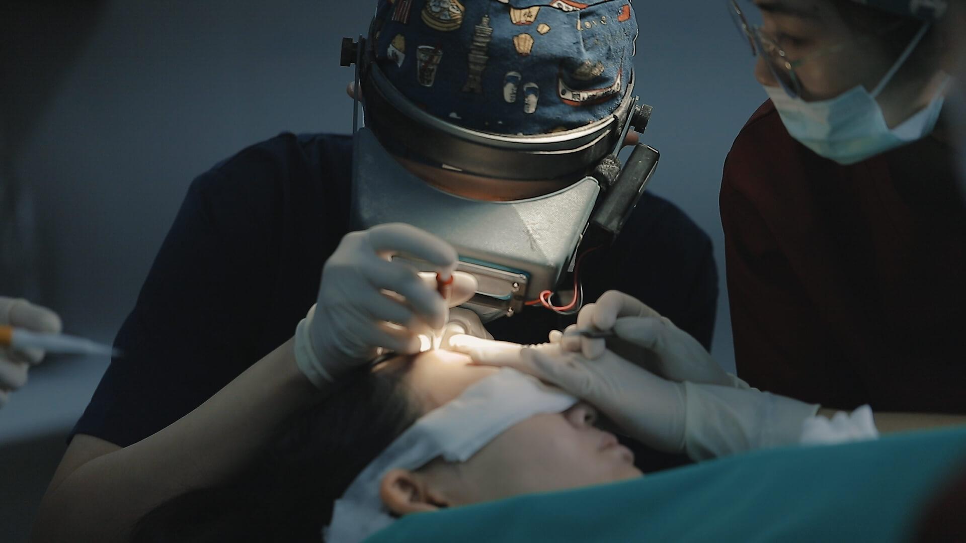 植髮推薦:植髮手術採用韓式植髮筆 全程醫師親自種植 確保手術時間及高毛囊存活率